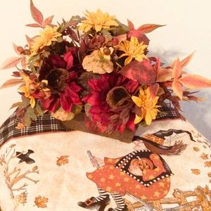 Autumn Mums and Leaves🍂Floral Accent Decor